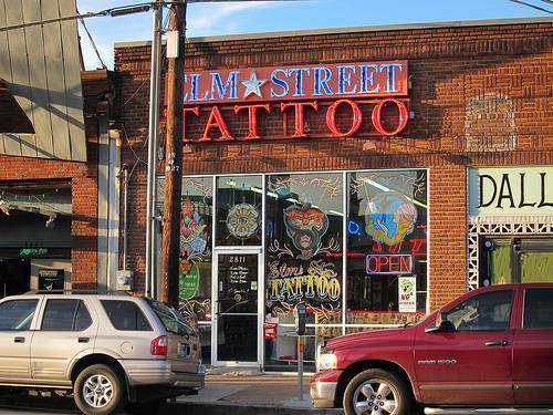 Peck's Tattoo Shop in Texas