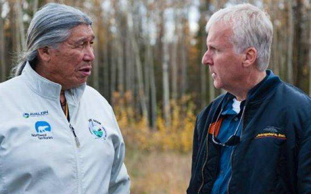 James Cameron met with indigenous leader Francois Paulette about the effect of the tar sands on the people of Fort Chipewyan