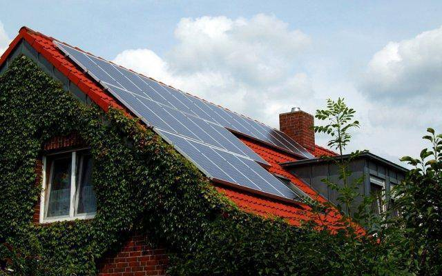 Sungevity has partnered with Lowe's to make solar power easier and more affordable.