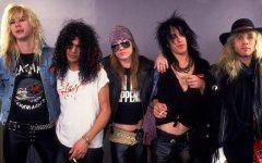 The classic Guns N' Roses line up.