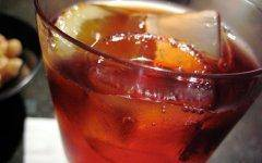 The negroni is just one example of a way to booze it up hydroponically this summer.